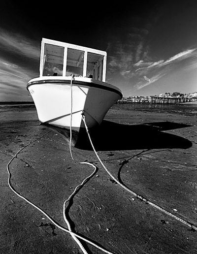 boat on the beach B&W cap cod 2006